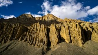Sand mountains spiti valley roadtrip