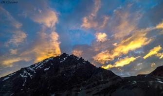 Sunset over mountains leh ladakh roadtrip