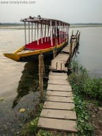 boatride to neer mahal udaipur tripura