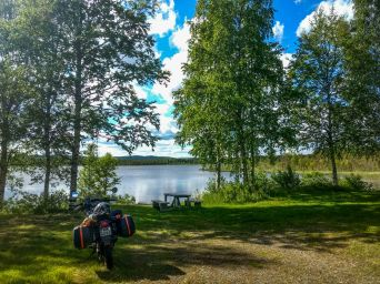 A lunch break on lake side in sweden