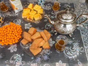 Moroccan Tea and some snacks by couchsurfing host in belgium